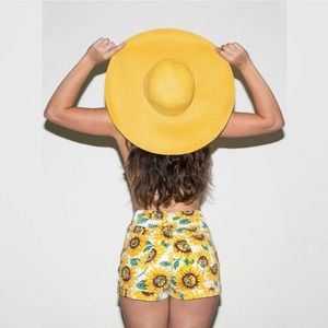American Apparel High Rise Sunflower Shorts 🌻